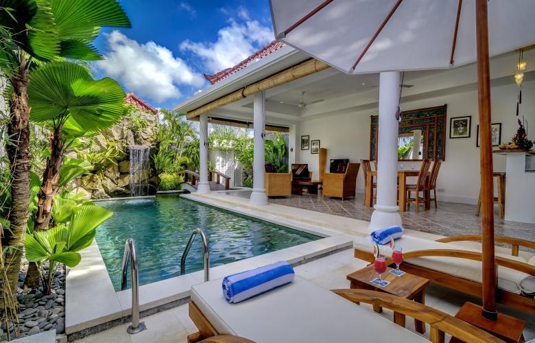 Seminyak Badung Ba Indonesia Established Villa Estate For Sale In The Heart Of Seminyak Bali The Real Estate Conversation