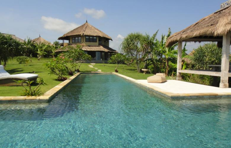Beraban Tabanan Ba Indonesia 12 Bedroom Villa Complex For Sale With Mountain And Ocean Views In Bali Indonesia The Real Estate Conversation